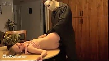 Michael Myers de Halloween se cojió hasta la muerte a guerita