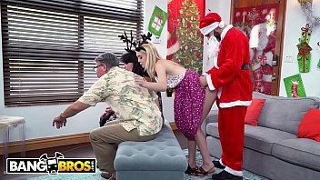 Santa le da una navidad pervertida a Anastasia Knight