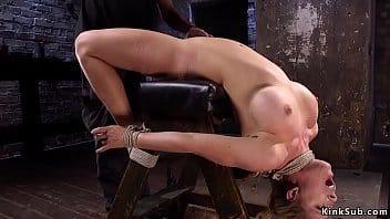 Cherie Deville alucinó de placer con este sometimiento sexual